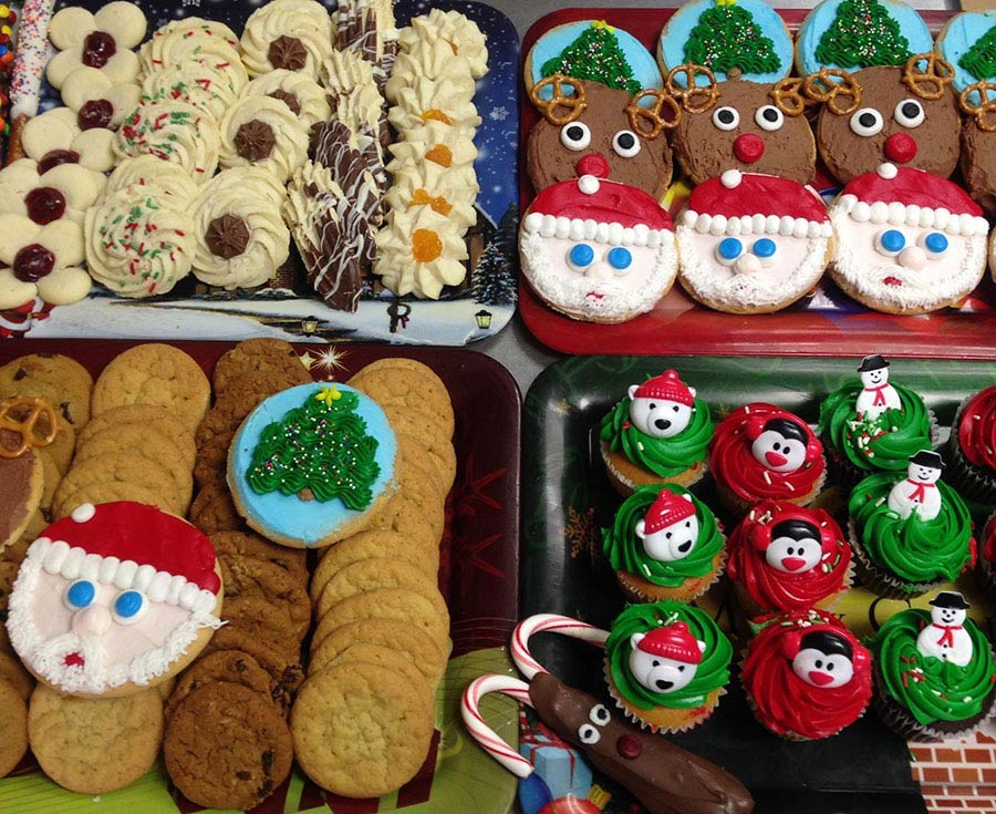 Christmas Cookie Trays.Christmas Cookies Party Trays Palubicki S Bakery